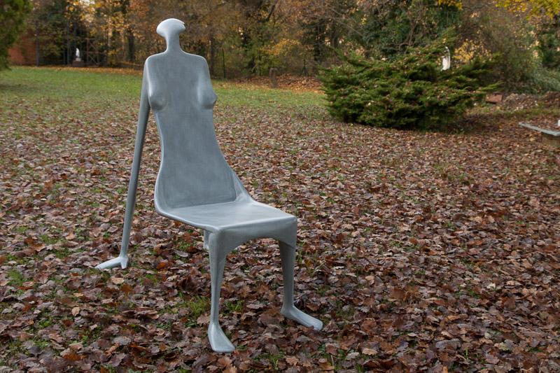 chaise femme grise 5 htm