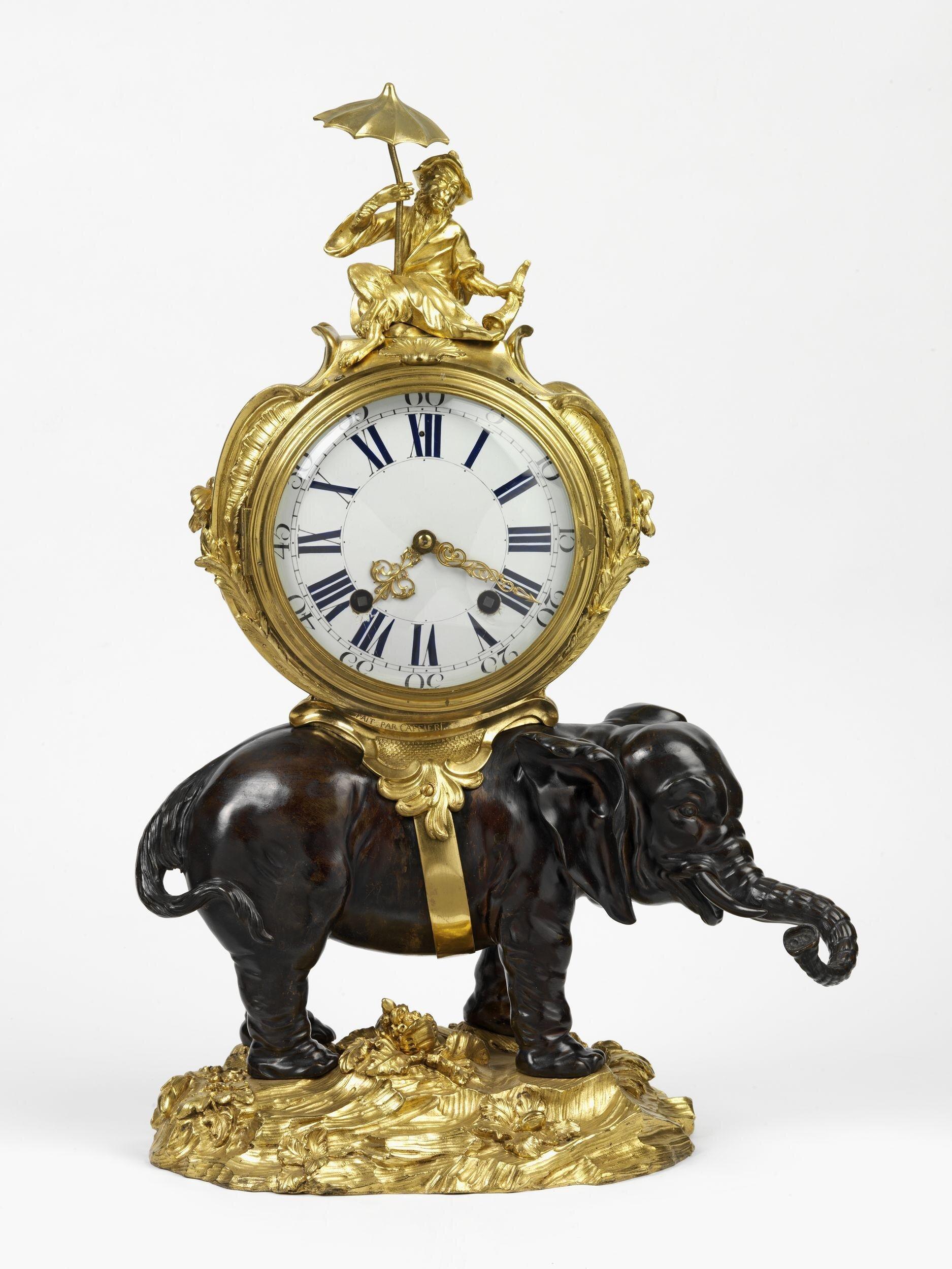 horloge de table V and A - Copie